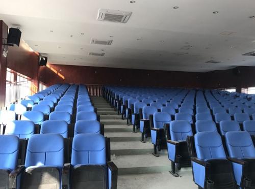 热烈祝贺酷声会议扩声系统入驻郫县三中阶梯会议室